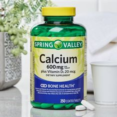 Spring Valley Calcium 600 mg plus Vitamin D3 20 mcg Coated Tablets, 250 Count - Code Interno: 794